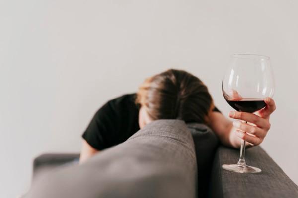 Síntomas de un adicto al alcohol