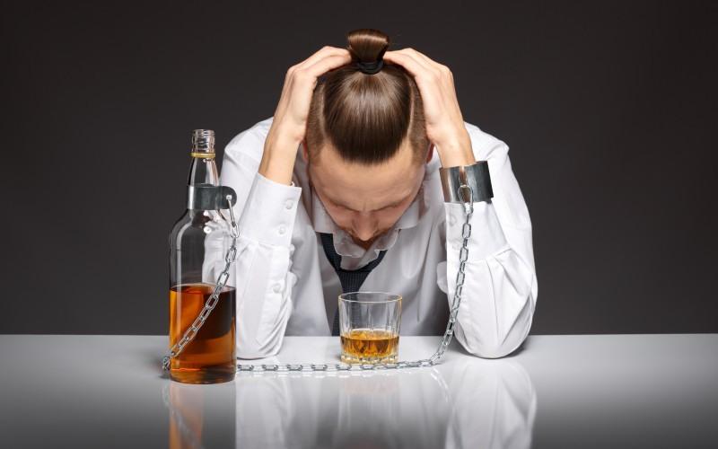 Sintomatología que puede presentar un adicto al alcohol