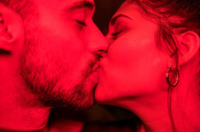 ¿Qué es la mononucleosis o la enfermedad del beso?